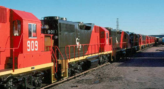 CHP GP38-2 909 - Ft Worth TX - 03/79 -